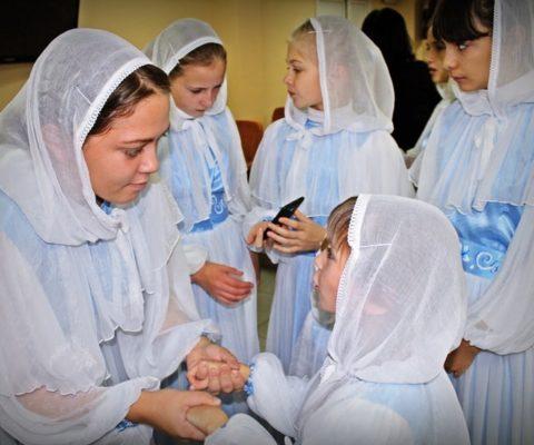 """Воскресная школа """"Родник Души"""" в Детской областной больнице"""
